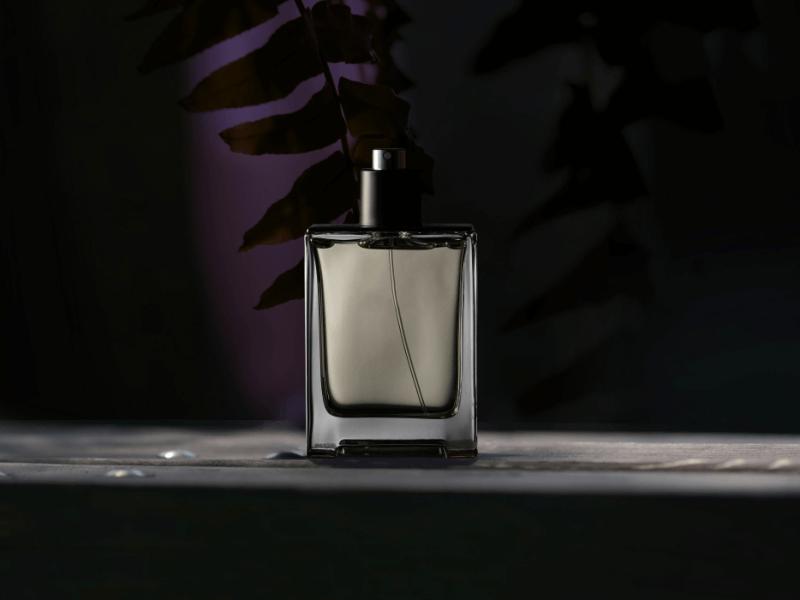 b_74_10,いい匂い 男 印象