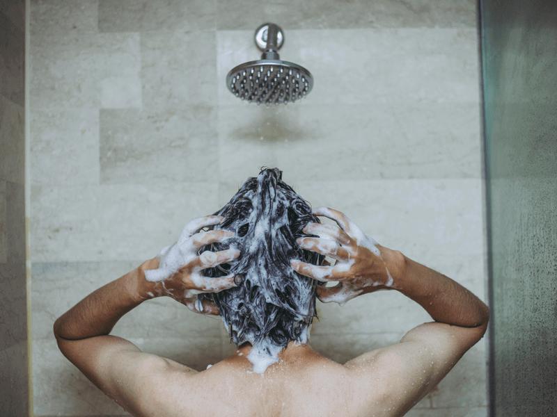 h_53_3男性 髪の毛ケア