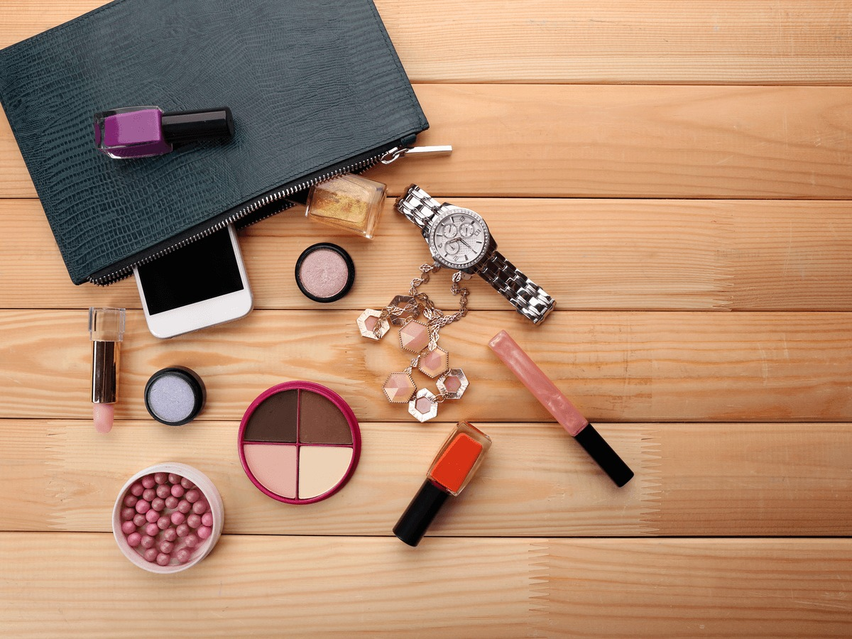 男性にも化粧ポーチが便利!小物整理にも使えるおすす…のサムネイル